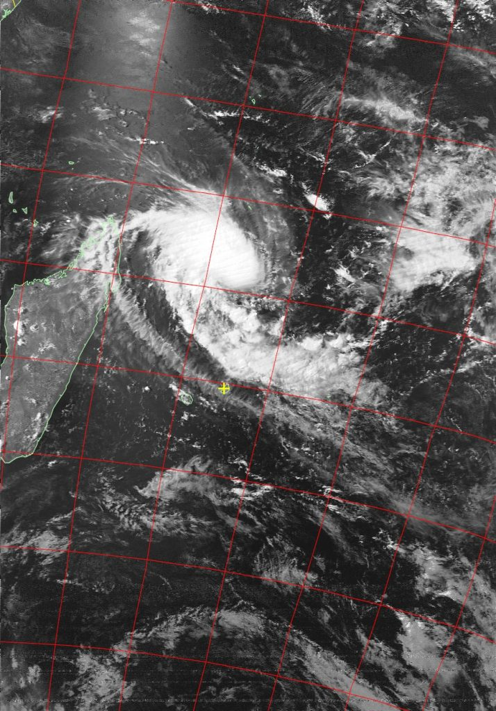 Moderate Tropical Storm Enawo, Noaa 19 VIS 04 Mar 2017 15:17