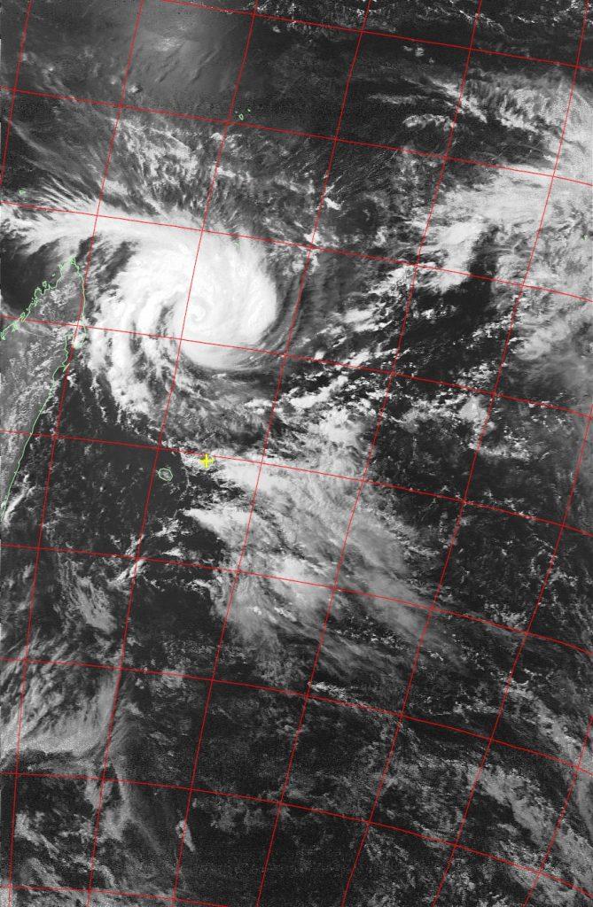 Tropical Cyclone Enawo, Noaa 19 VIS 05 Mar 2017 15:06