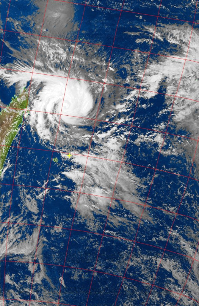 Tropical Cyclone Enawo, Noaa 19 VIS 05 Mar 2017 15:06
