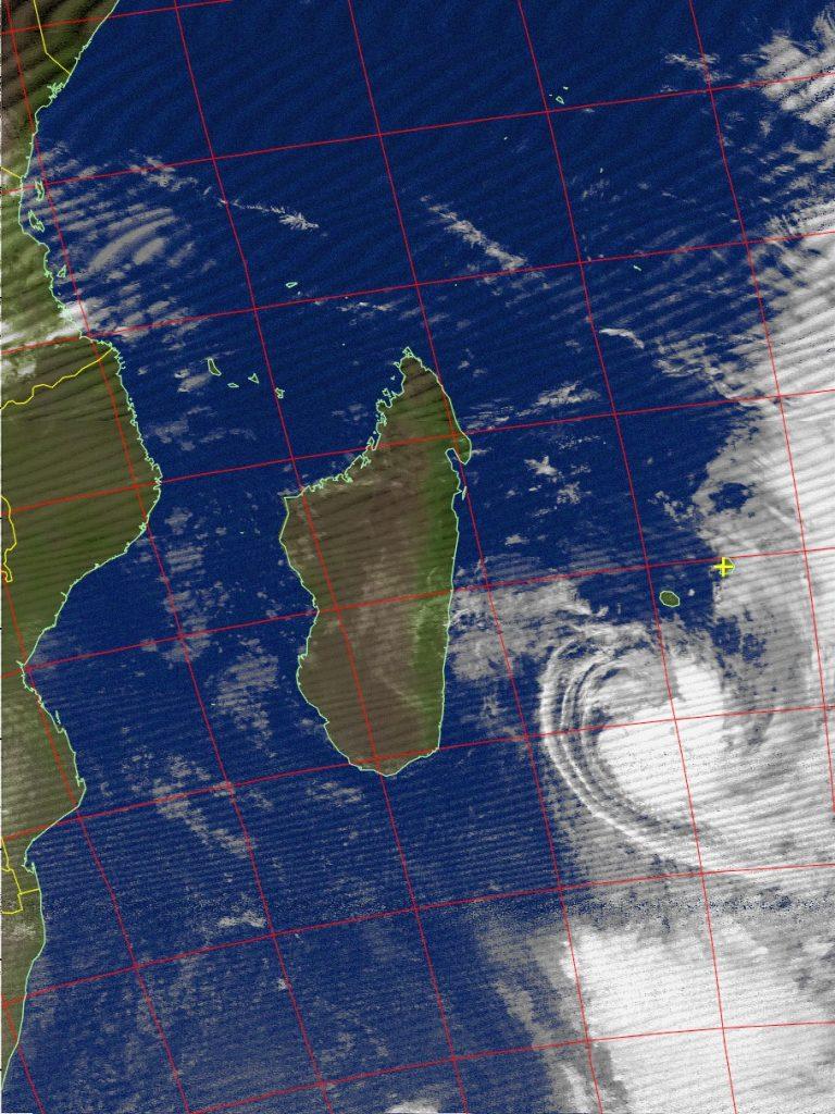 Moderate tropical storm Daya, Noaa 15 IR 11 Feb 2016 06:12