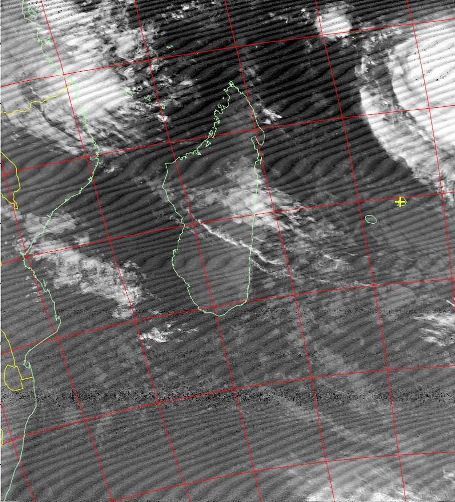 Tropical cyclone Fantala, Noaa 15 IR 15 Apr 2016 06:18