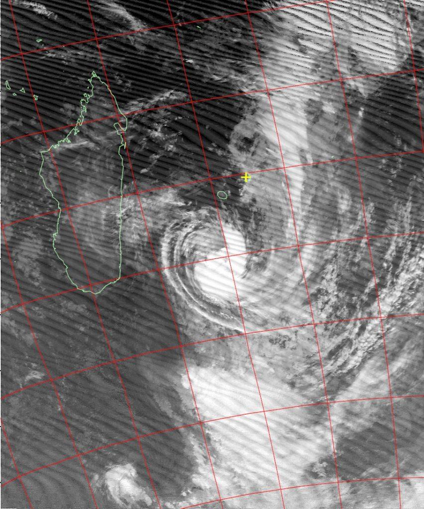 Moderate tropical storm Daya, Noaa 18 IR 11 Feb 2016 05:40