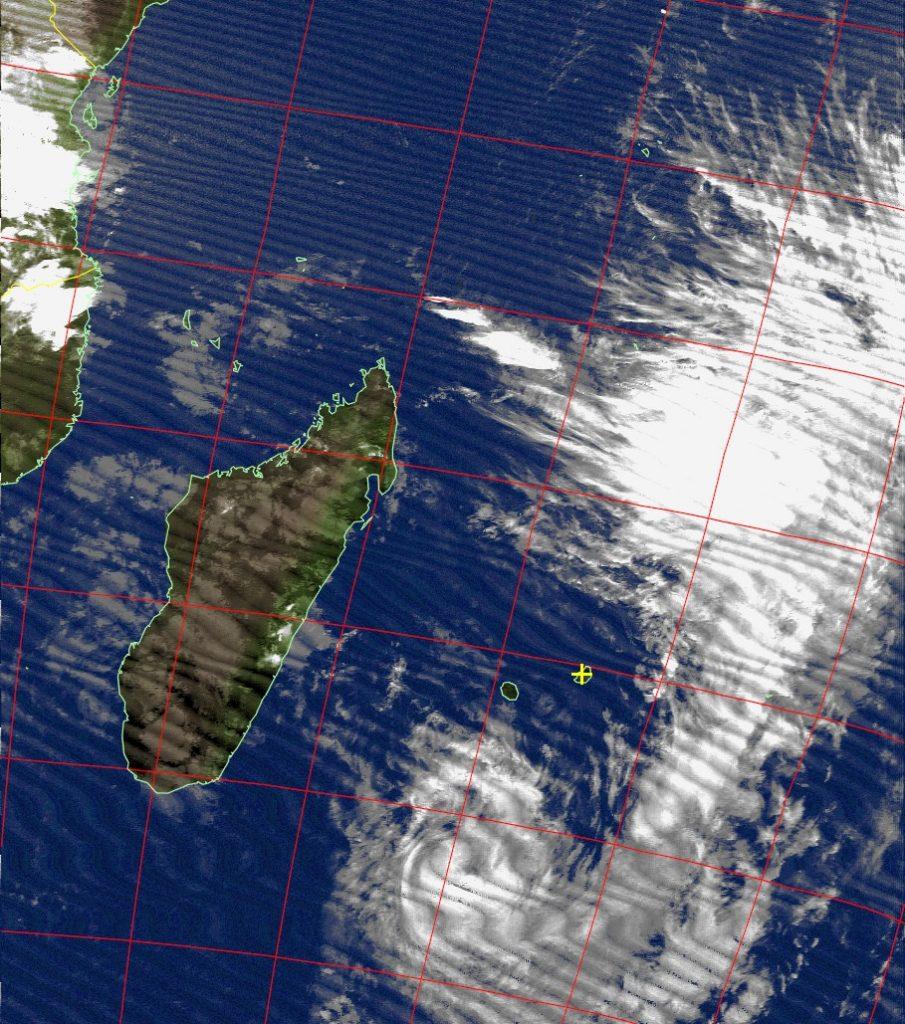 Moderate tropical storm Daya, Noaa 18 IR 11 Feb 2016 18:14