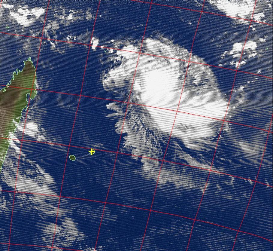 Tropical cyclone Fantala, Noaa 18 IR 14 Apr 2016 17:49