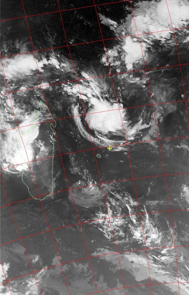 Tropical disturbance, Noaa 19 IR 04 Feb 2017 03:02