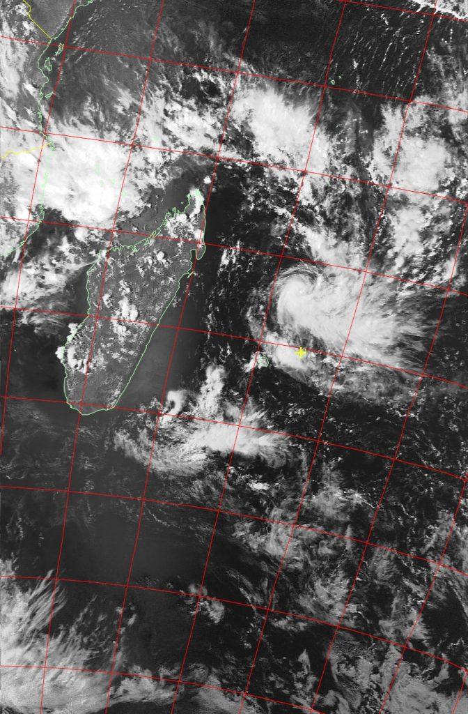 Moderate tropical storm Carlos, Noaa 19 VIS 04 Feb 2017 15:36