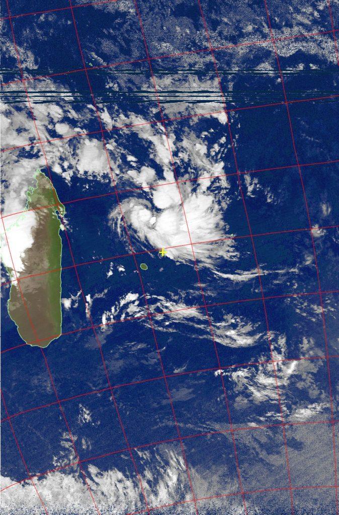 Severe tropical storm Carlos, Noaa 19 IR 05 Feb 2017 02:51