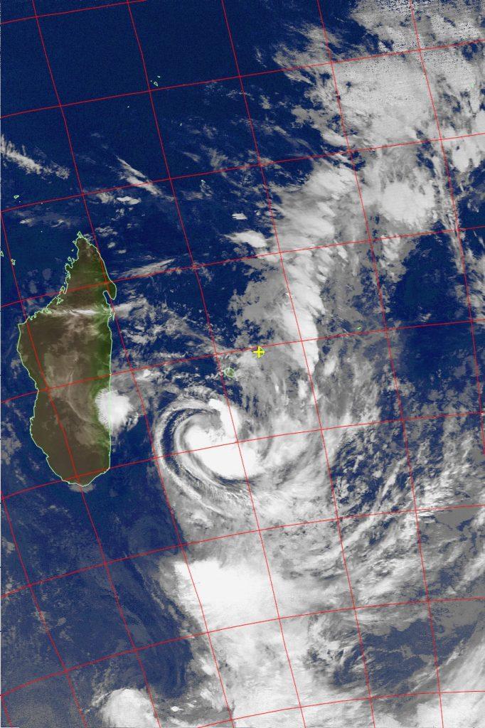 Moderate tropical storm Daya, Noaa 19 IR 11 Feb 2016 02:23