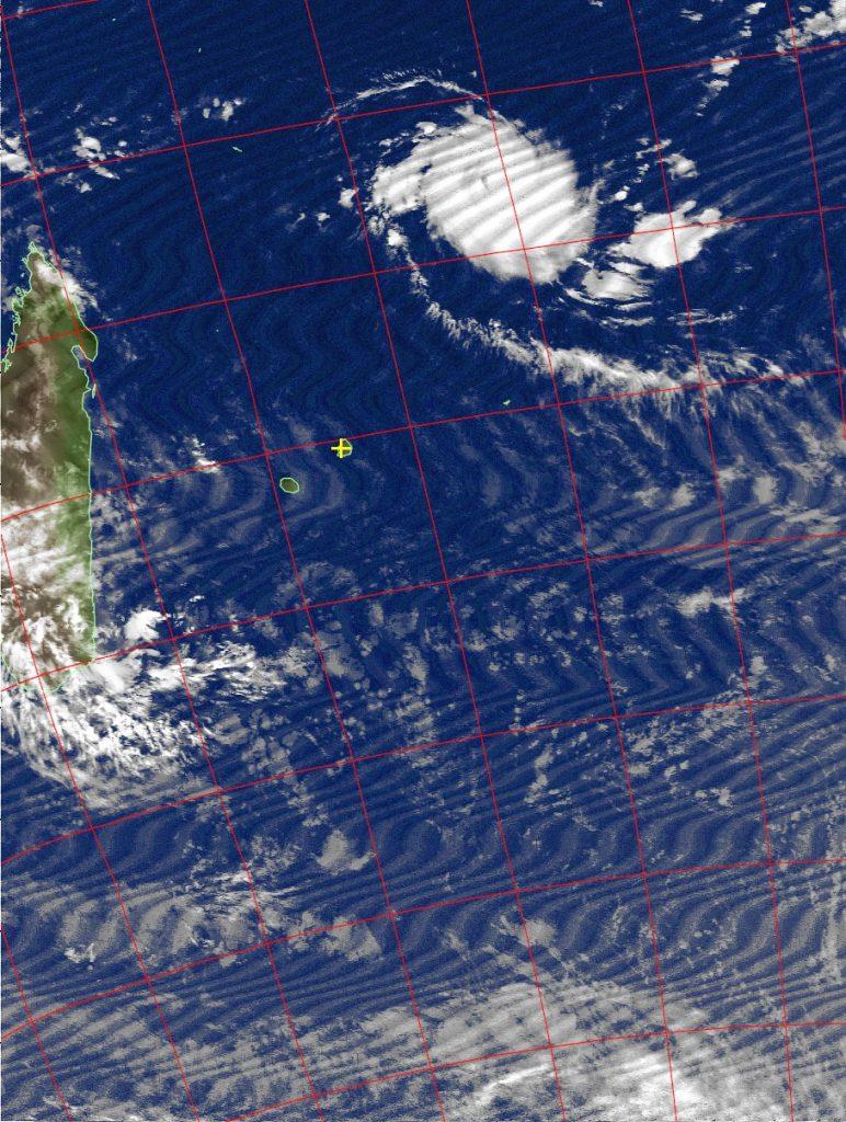 Tropical cyclone Fantala, Noaa 19 IR 14 Apr 2016 02:14