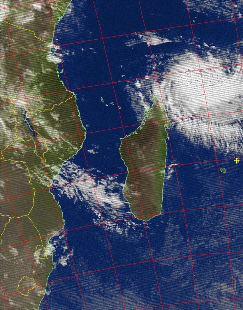 Intense tropical cyclone Fantala, Noaa 19 IR 17 Apr 2016 03:21