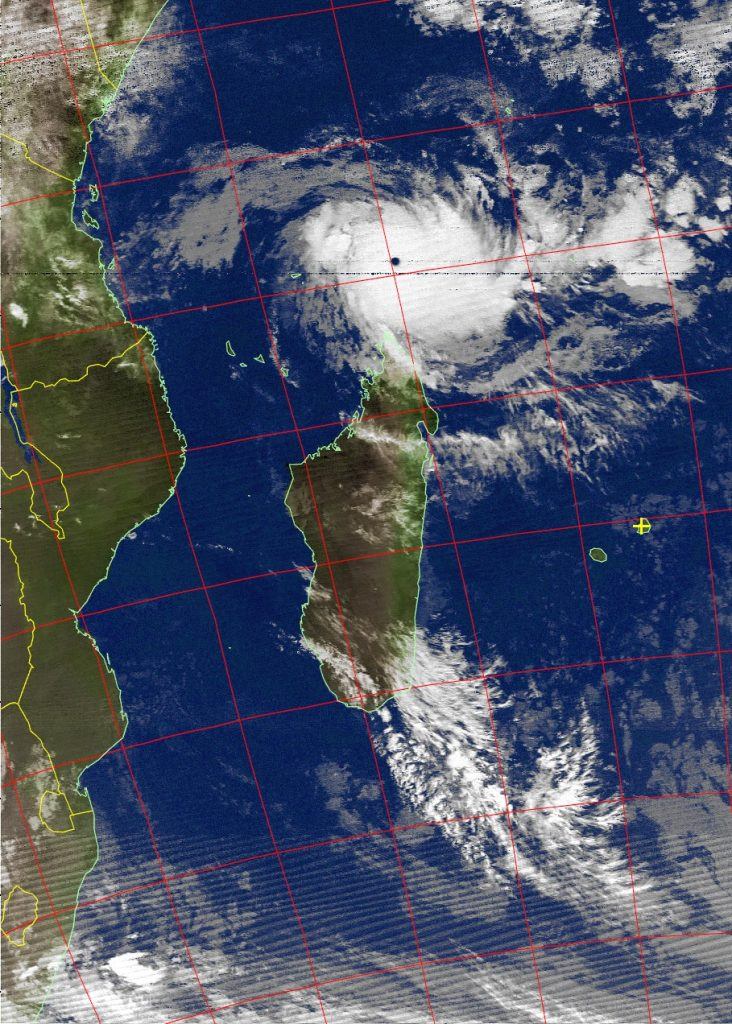 Very intense tropical cyclone Fantala, Noaa 19 IR 18 Apr 2016 03:09