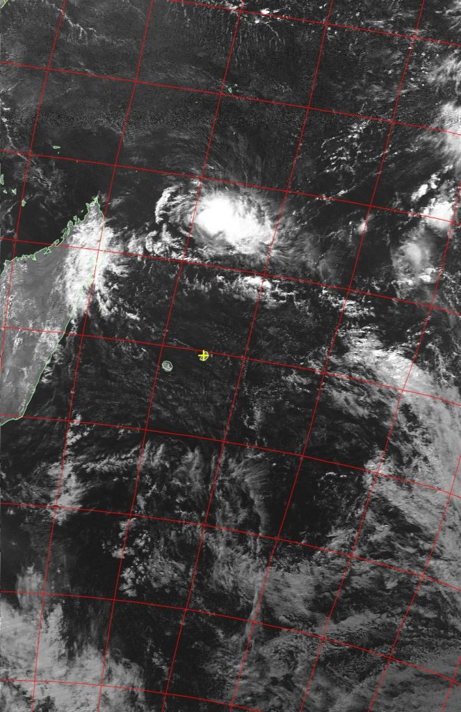 Moderate tropical storm Fantala, Noaa 19 VIS 23 Apr 2016 14:46