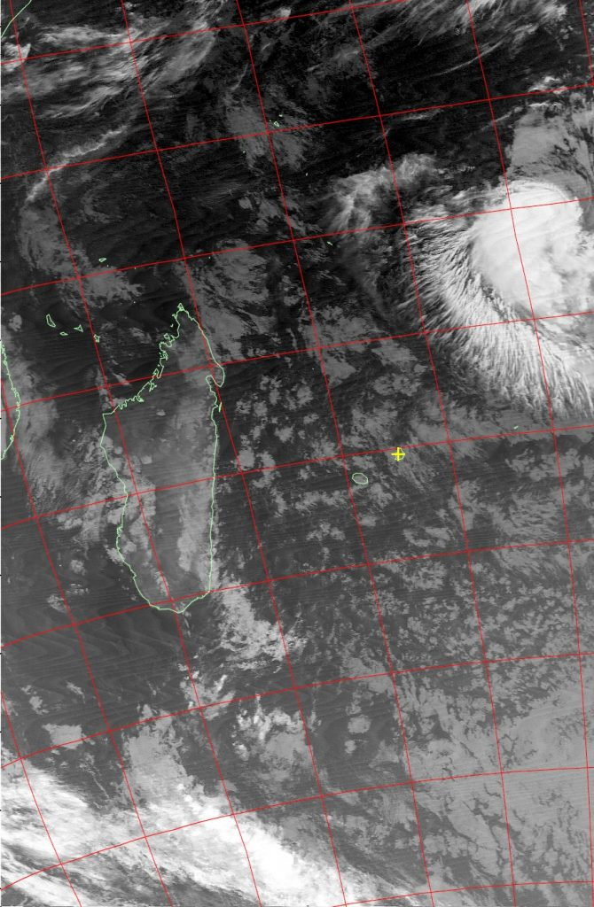Tropical disturbance, Noaa 19 IR 17 Jul 2016 02:52