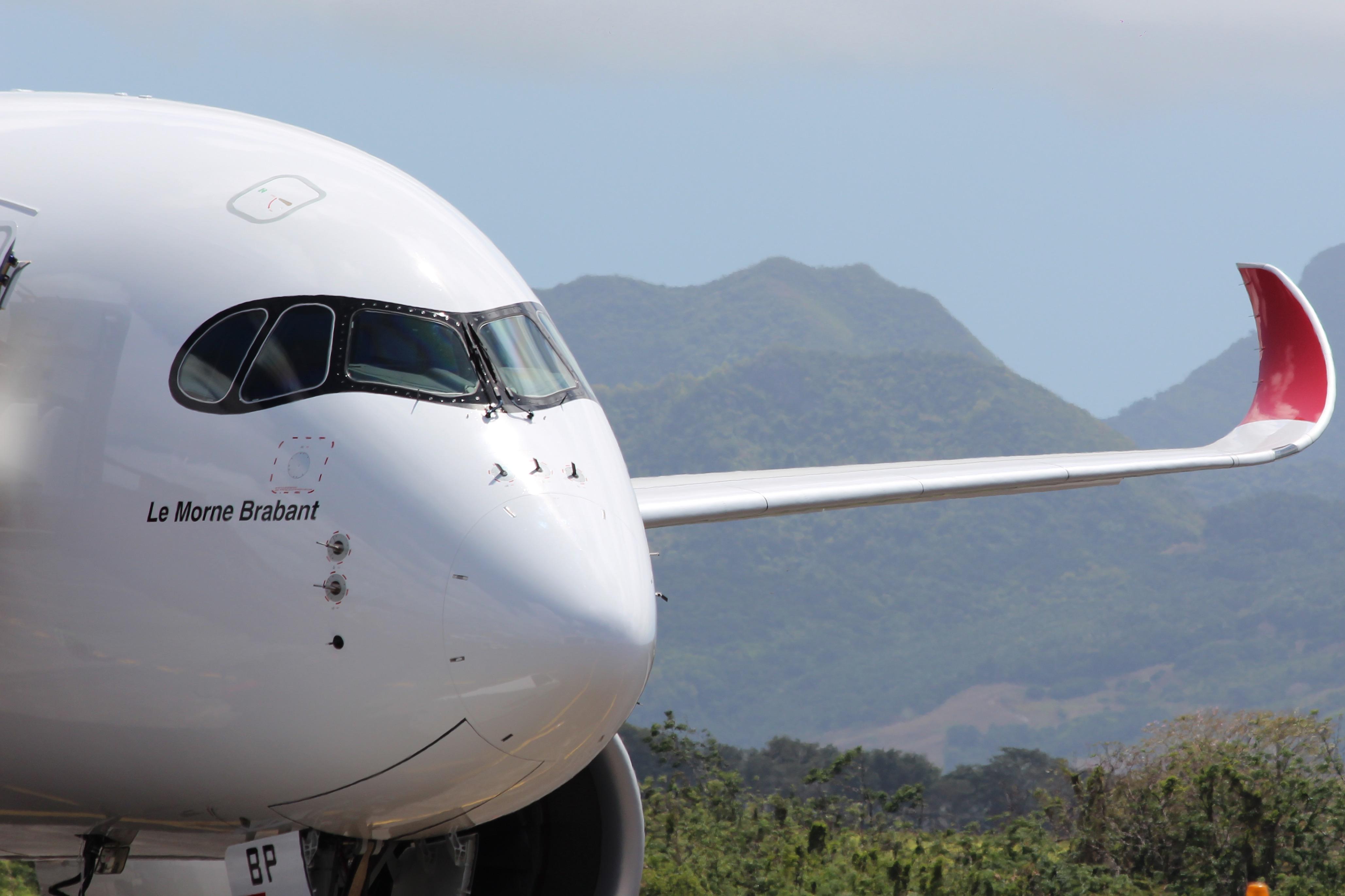 MK first A350-941 - Maufox