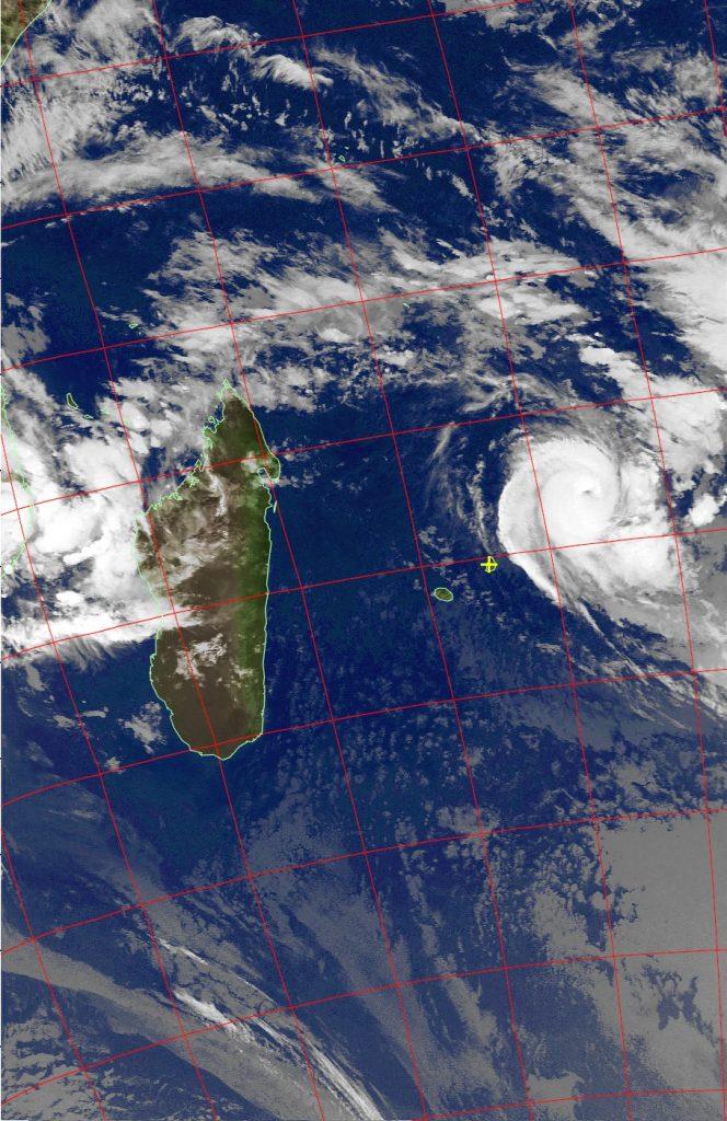 Intense Tropical Cyclone Berguitta, Noaa 19 IR 16 Jan 2018 03:53
