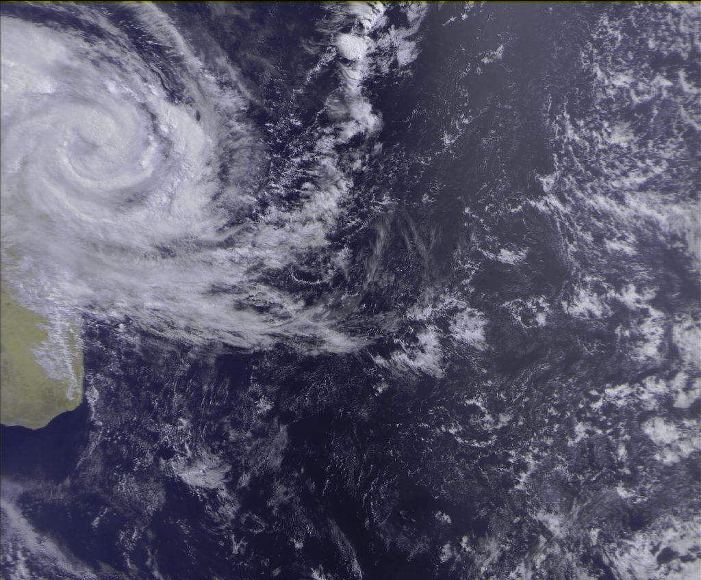 Severe Tropical Storm, Meteor-M N2 16 Mar 2018 08:47