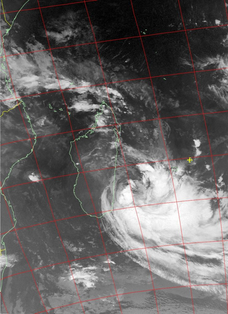 Moderate Tropical Storm Eliakim, Noaa 15 IR 19 Mar 2018 06:58